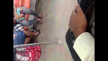 Sri Lankan girl legs showing train gal lanka