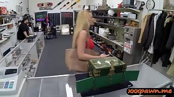 Big tits amateur blonde babe sells her tiara and fucked