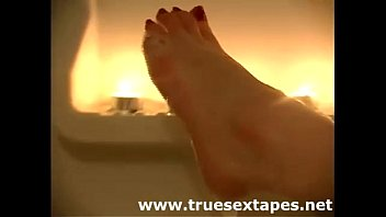 Amateur housewife shaves in bath for homemade tape