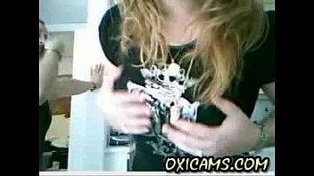 Webcam Spanish 20yo girl girlfriend mum showing tits (new)