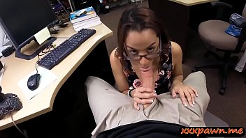 school honey fucked by pawnshop holder