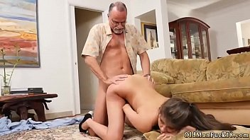 Big tit step mom blowjob Chillin with a scorching Tamale!