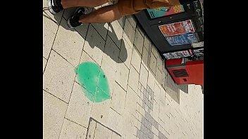 supah hot arse in public