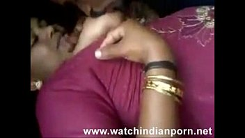Desi randi is kissing her lover and lets him suck and lick her boobs - Watch Indian Porn[via torchbr